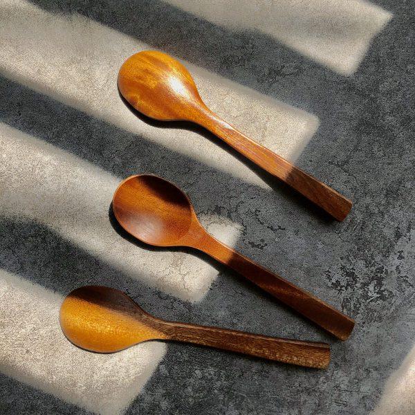 Muỗng gỗ xà cừ 15cm
