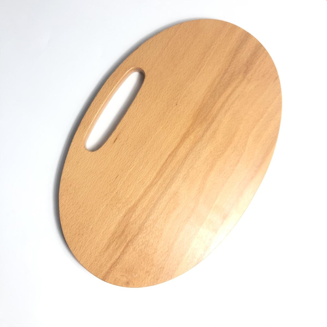 Thớt oval cách điệu gỗ beech 22.5x35cm