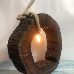 Đèn rồng gỗ óc chó để bàn